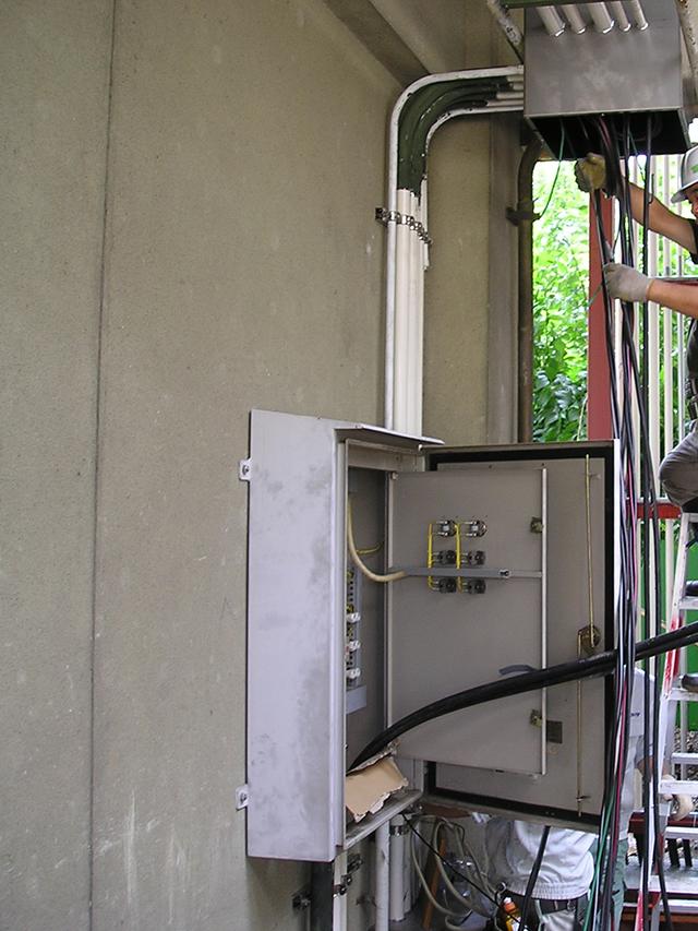 校舎解体電気工事設備_P1010047